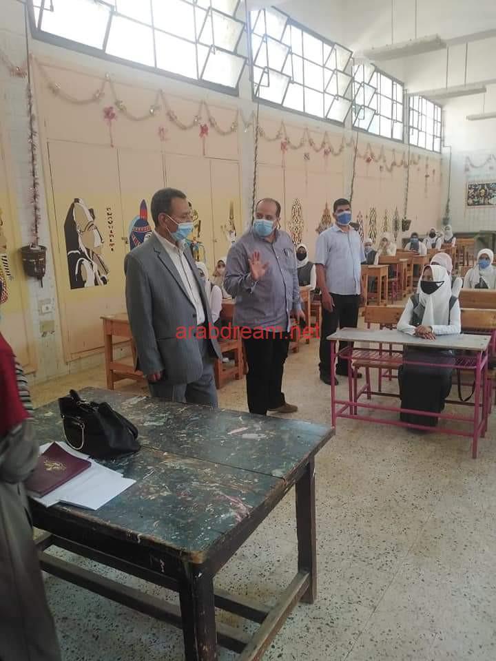 عام دراسي جديد : رئيس مدينة سنورس يزور العديد من المدارس