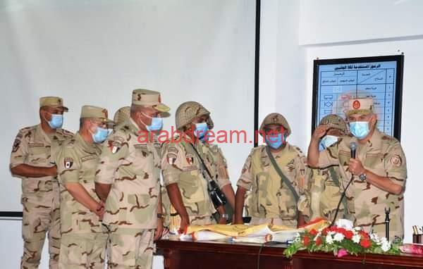 رئيس الأركان يشهد المرحلة الرئيسية لمشروع تكتيكى بجنود تنفذه إحدى وحدات المنطقة الشمالية العسكرية.
