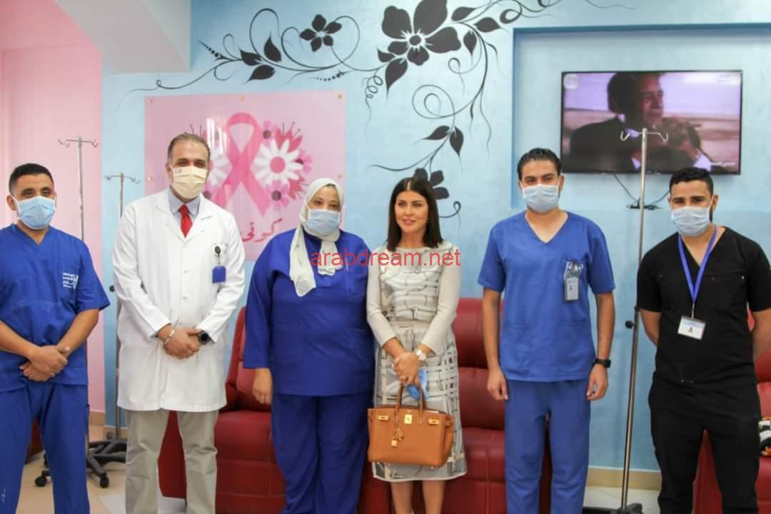 جومانا مراد في زيارة لمستشفى الثدي التابع للمعهد القومي للأورام ٧٧٧ لدعم مريضات سرطان الثدي.