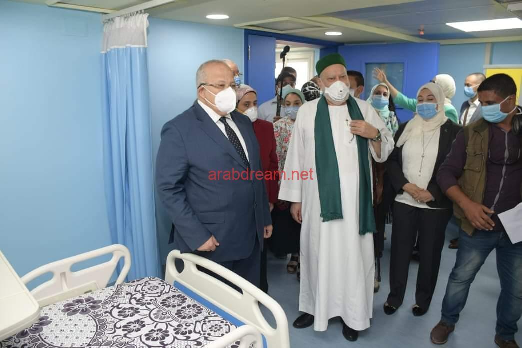 الخشت وعلي جمعة يفتتحان 3 وحدات طبية بمستشفيات أبو الريش المنيرة والياباني بعد تطويرها وتجديدها.