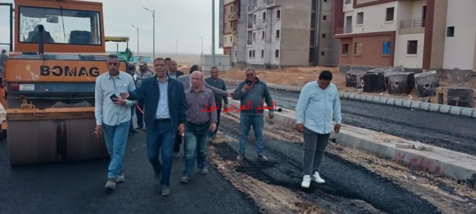 عمار مندور يتفقد الوحدات المخصصة لسكن العاملين بالعاصمة الإدارية الجديدة الجاري تنفيذه بمدينة بدر.