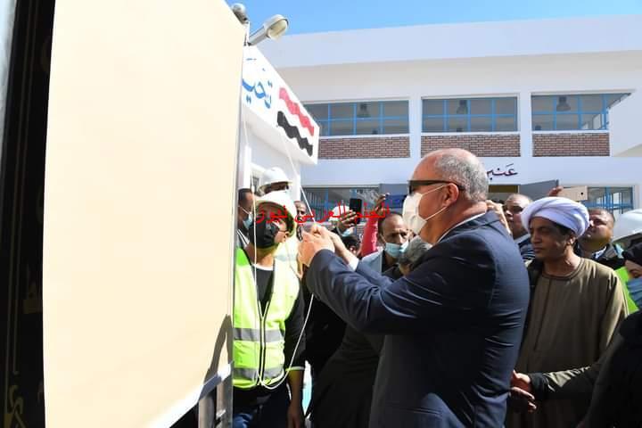 محافظ قنا يشهد الإفتتاح التجريبي لمشروع الصرف الصحي لمدينة قفط
