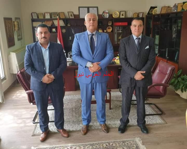 السفير المصري بمسقط يستقبل رئيس جمعية رجال الأعمال المصريين العمانيين