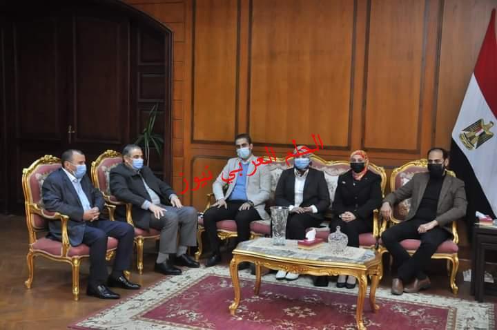 رئيس جامعة كفرالشيخ يستقبل مسؤولو مبادرة« حياة كريمة» في المحافظة