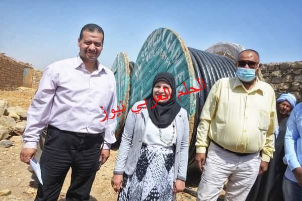 النائبة زينب السلايمي تحصل على موافقة بتوصيل الكهرباء للمنطقة الغربية لحاجر كومير بإسنا