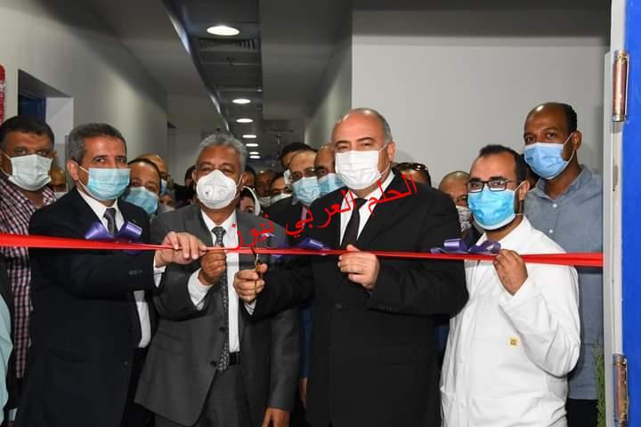 محافظ قنا ورئيس جامعة جنوب الوادي يفتتحان وحدة الحروق بمستشفي المرزوق