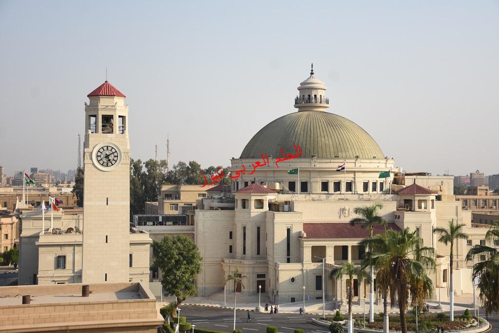 """رئيس جامعة القاهرة: إعداد المرجع العلمي الدولي الأول من نوعه لإستخدام تقنية """"النانو تكنولوجي"""" في علاجات الفم والأسنان بقلم ليلي حسين"""
