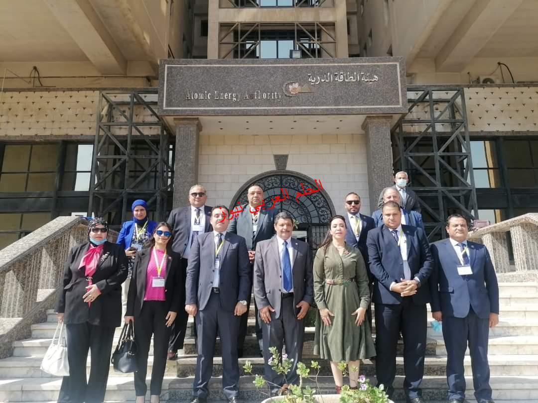 د. عمرو الحاج رئيس هيئة الطاقة الذرية يستقبل وفد من نواب تنسيقية شباب الأحزاب والسياسين.