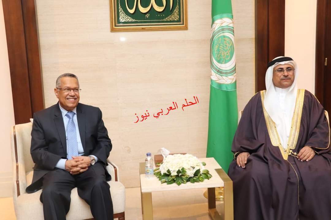 """""""العسومي"""" يؤكد دعم البرلمان العربي للشرعية اليمنية في حربها ضد إرهاب الحوثي."""
