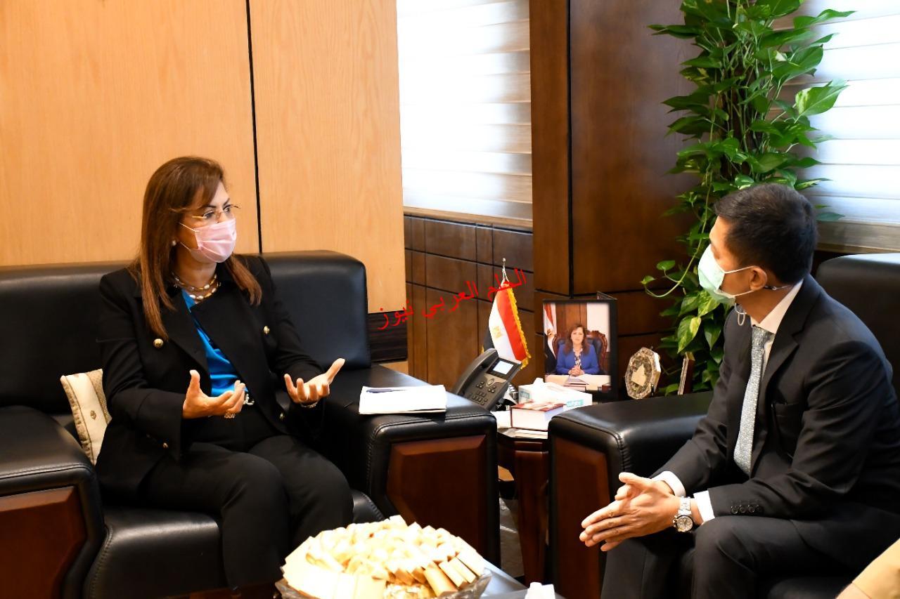 د.هالة السعيد ولقاء بوتابورن لجزب الأستثمار التايلاندي لمصر بقلم ليلي حسين